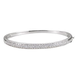 "Diamond Bangle Bracelet, 14k White Gold, 7"" (1.5 Cttw, GH Color , I1 Clarity )"