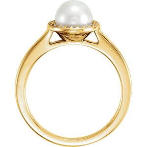 White Freshwater Cultured Pearl and Diamond Halo Ring, 14k Yellow Gold (6.5-7mm) (.06Ctw, G-H Color, I1 Clarity) Size 8