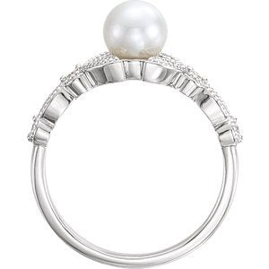 Platinum White Freshwater Cultured Pearl, Diamond Leaf Ring (6-6.5mm)( .125 Ctw, Color G-H, Clarity SI2-SI3) Size 6.5