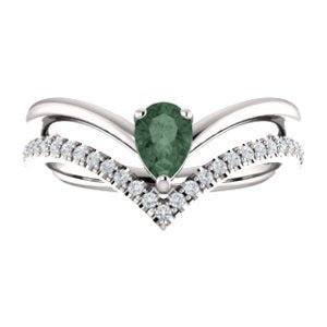 Chatham Created Alexandrite Pear and Diamond Chevron Sterling Silver Ring (.145 Ctw,G-H Color, I1 Clarity)