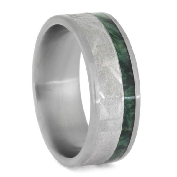 The Men's Jewelry Store (Unisex Jewelry) Gibeon Meteorite, Green Box Elder Burl Wood 8mm Matte Titanium Comfort-Fit Wedding Band