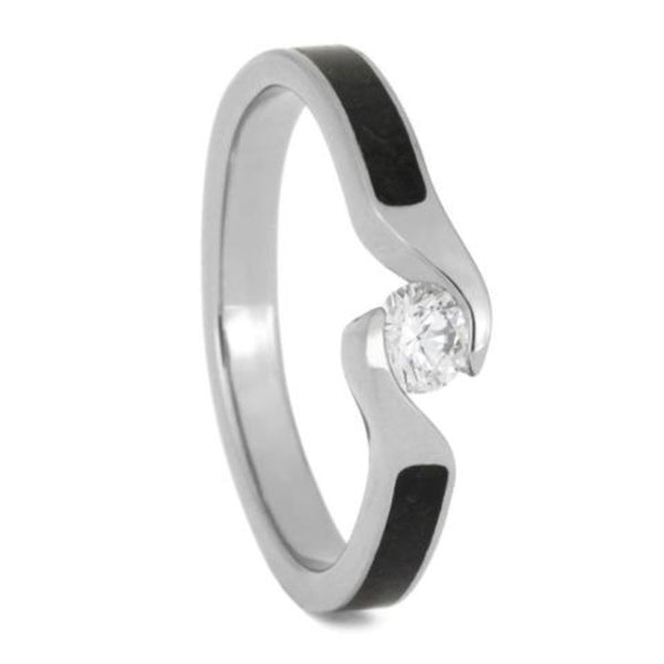 Diamond Solitaire Crushed Dinosaur Bone 4mm Comfort-Fit Titanium Engagement Bypass Ring (.25Ct, Color G, Clarity SI1)