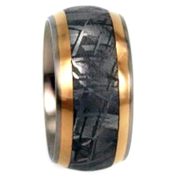 Gibeon Meteorite, 18k Yellow Gold 8mm Comfort-Fit Titanium Wedding Band, Size 10