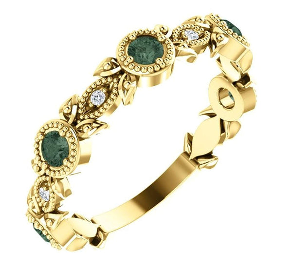 Chatham Created Alexandrite and Diamond Vintage-Style Ring 14k Yellow Gold (0.03 Ctw, G-H Color, I1 Clarity)