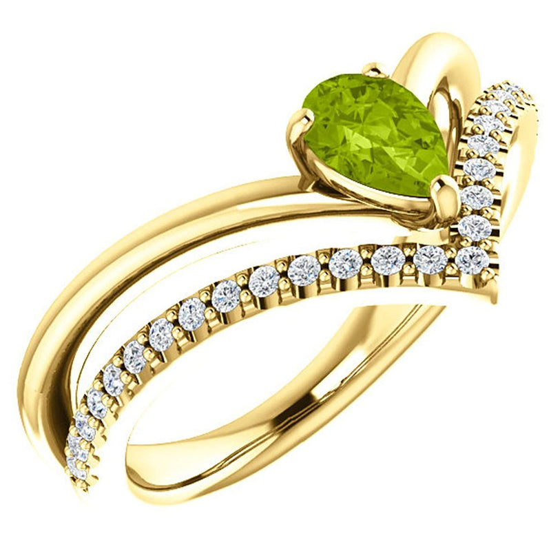 Peridot Pear and Diamond Chevron 14k Yellow Gold Ring (.145 Ctw,G-H Color, I1 Clarity)