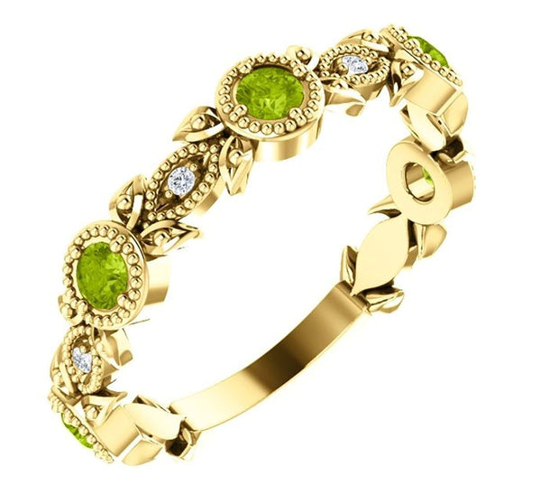 Peridot and Diamond Vintage-Style Ring , 14k Yellow Gold (0.03 Ctw, G-H Color, I1 Clarity)