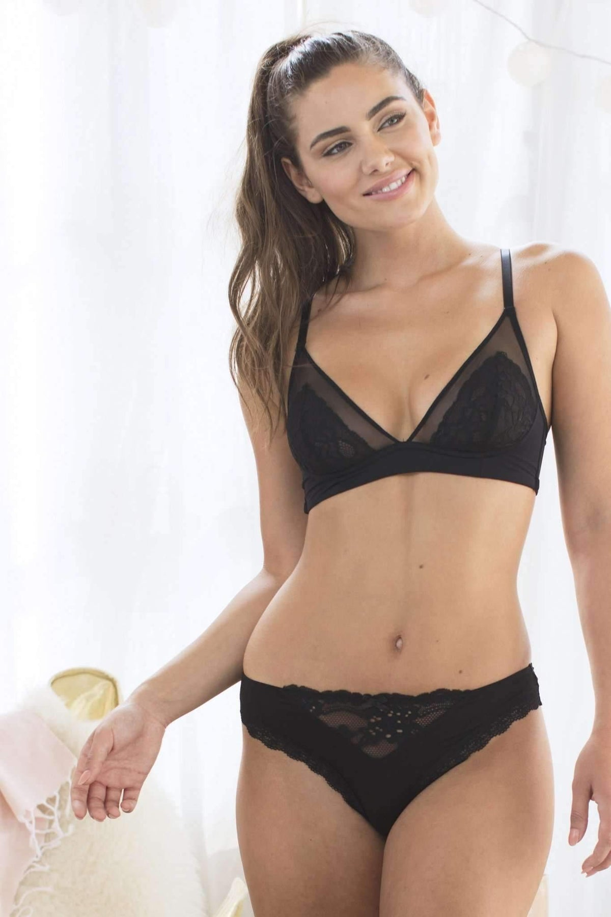 Honeydew Intimates:Sydney Lace and Micro Bra,Black / Small