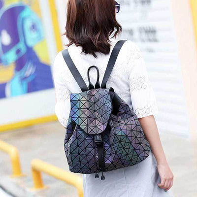 Geometric reflective luminous bag