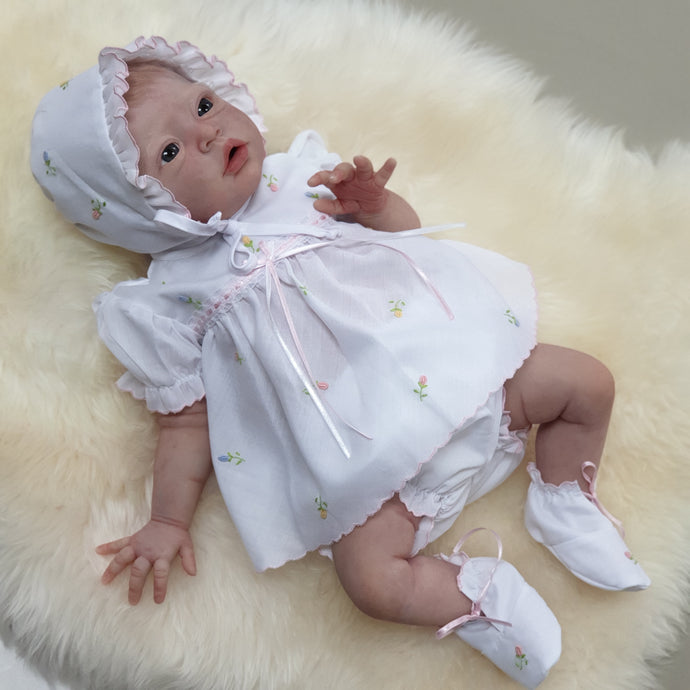10493 Newborn/preemie delicately embroidered white dress with bonnet and shoes - Silicone Velvet Matting Powder