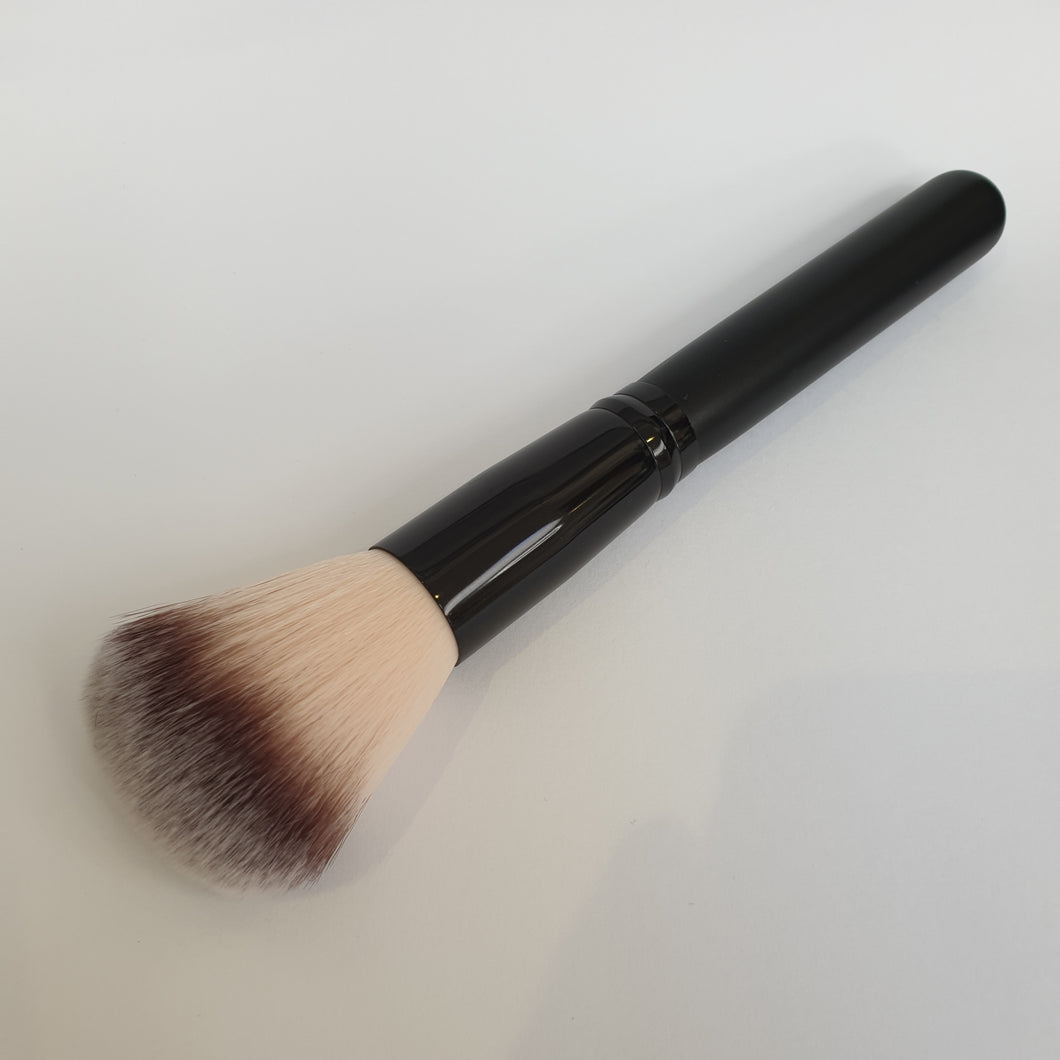 Powder brush for applying Silicone Velvet Matting and Care Powder **SPECIAL OFFER** - Silicone Velvet Matting Powder