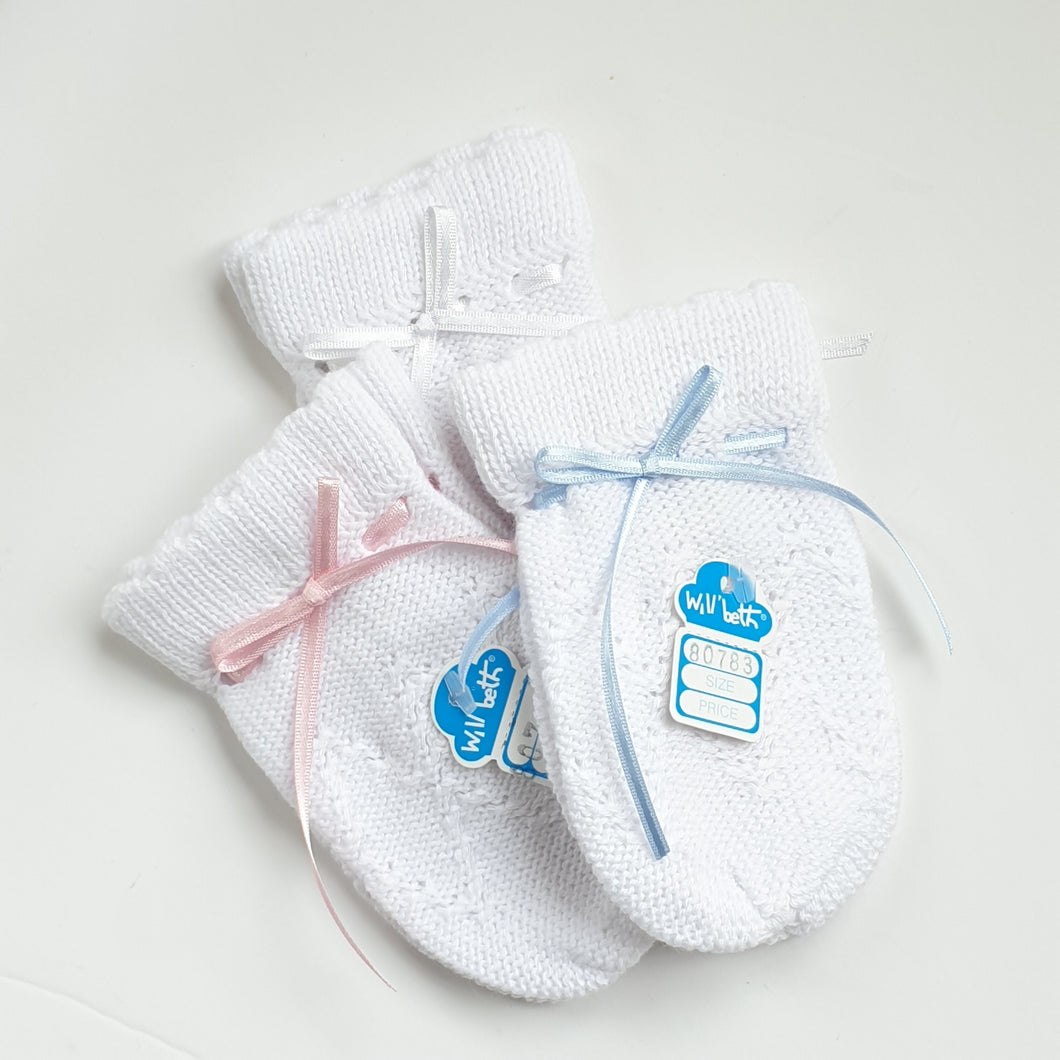 Will Beth Knitted Baby Mitts / Scratch Mitts - Silicone Velvet Matting Powder