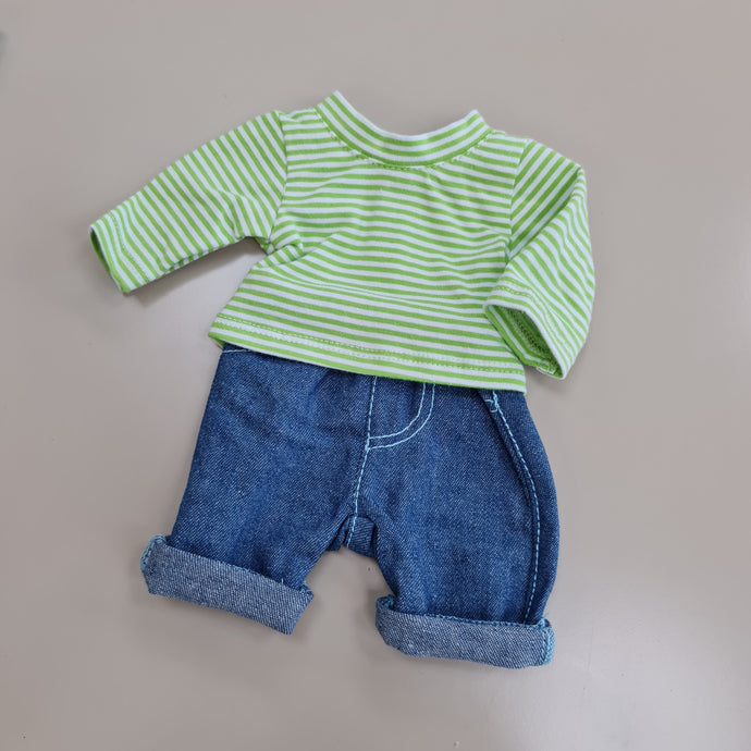 447 Soft jeans and long sleeved Tshirt  ( 2 doll sizes for 14.5 to 18inch inches / 38 to 46cm)