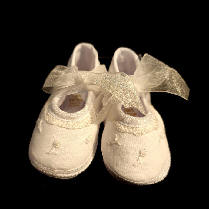 190 Will Beth Occasion pram shoes NB embroidered
