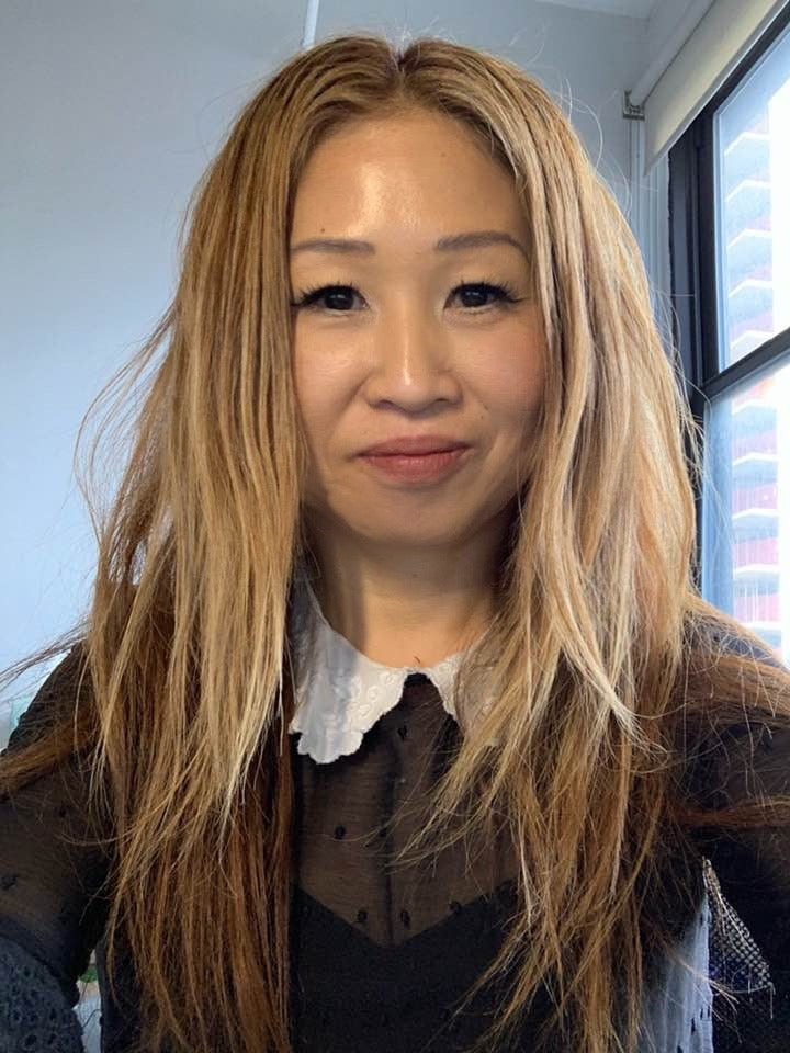 Sonni Mun is a Korean-American immigrant who grew up in a small town in Ohio and the suburbs of New Orleans. During her residency at Mount Sinai Medical Center she discovered her calling as a physician who specialized in end of life care.