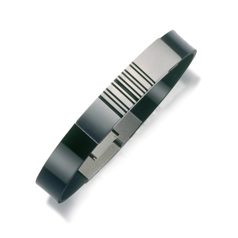 60226-01 Teno Titanium Bangle