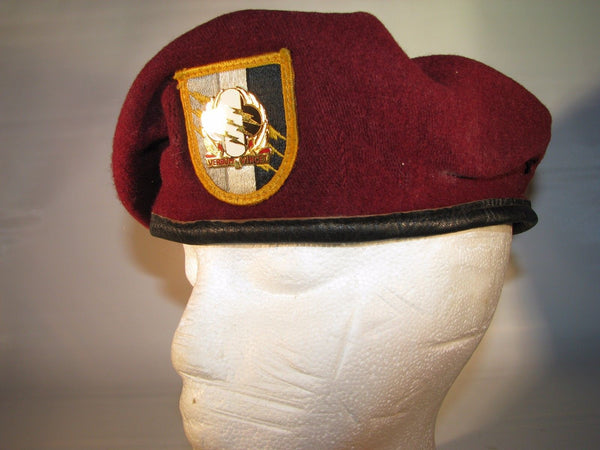 Authentic Military Army 4th Psyops Group Maroon Airborne Beret Verbum Vincet