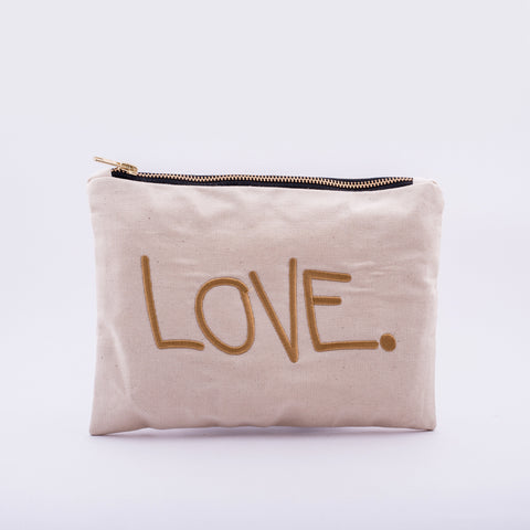 LOVE. Pouch off-white with black or white zipper