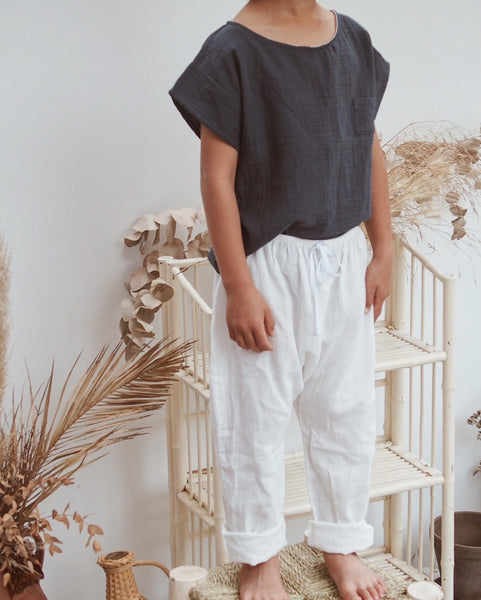 Organic cotton baggy pants in off white