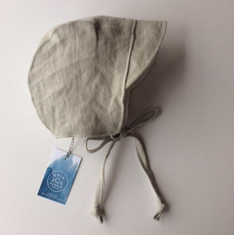 Linen Brimmed Bonnet in Ash Colour