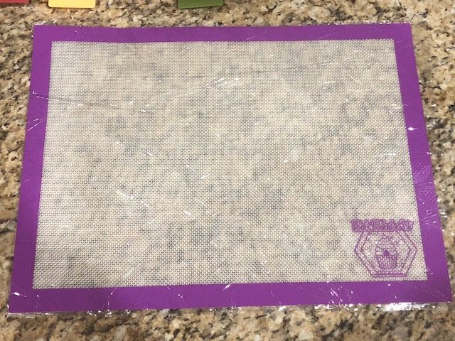 Bee's Half Pan Baking Mat