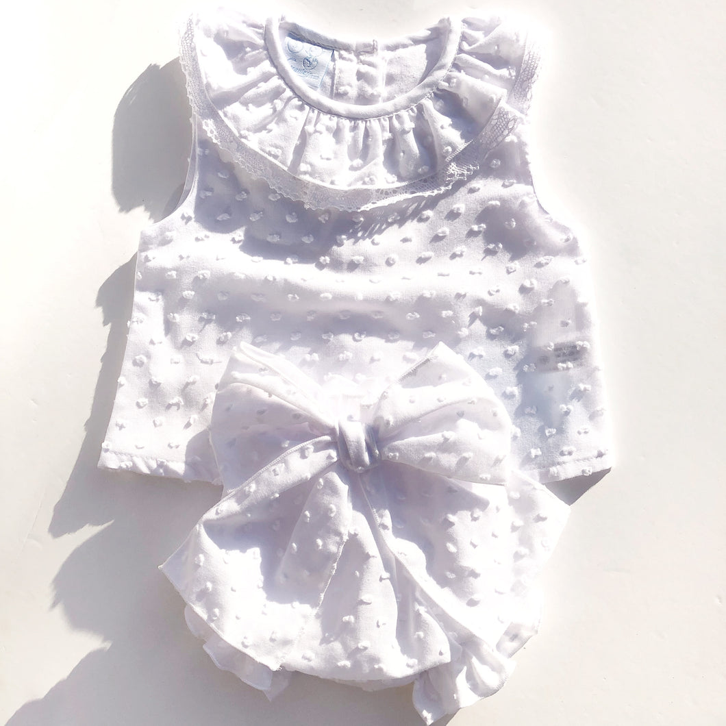 Granlei Baby Girls White Cotton Outfit