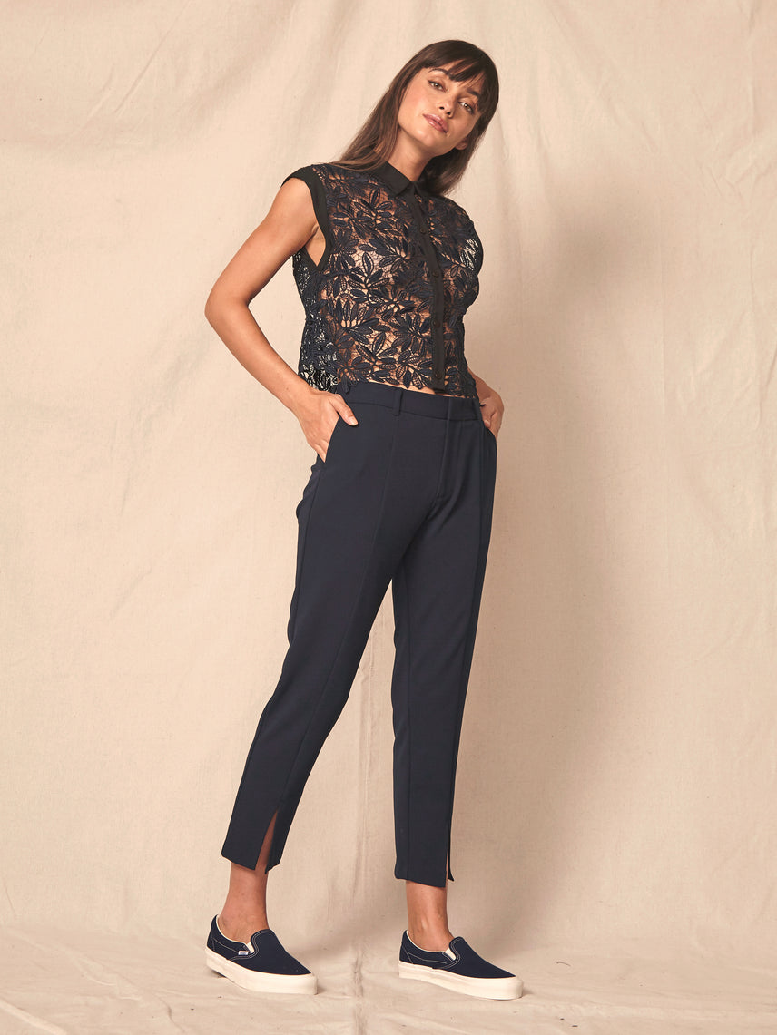 Tailored skinny pant with front hem slit and pockets