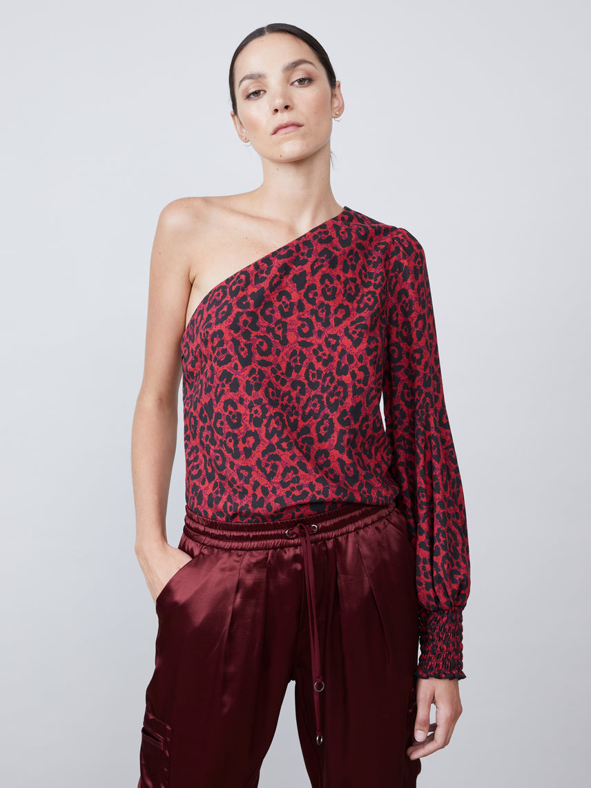 One shoulder cheetah print top