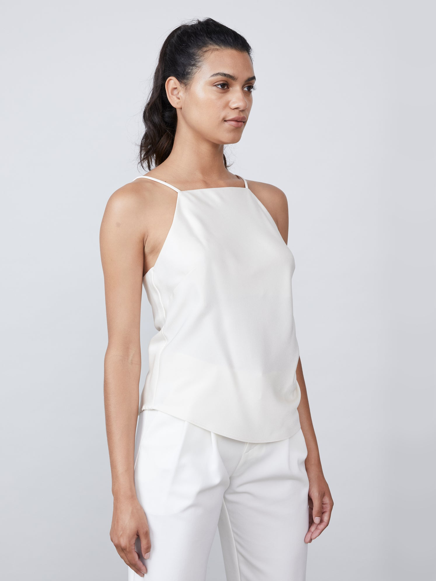 Squareneck cami in crepe satin with exposed back Alternate