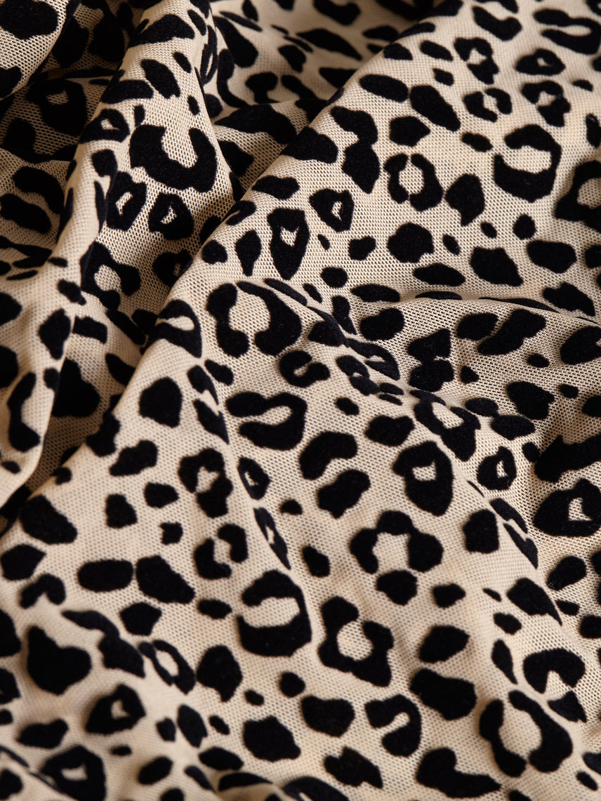 Flocked leopard mesh fabric