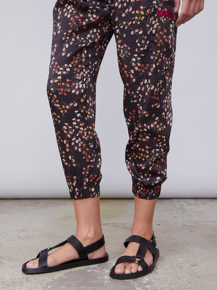 Floral printed cargo pant