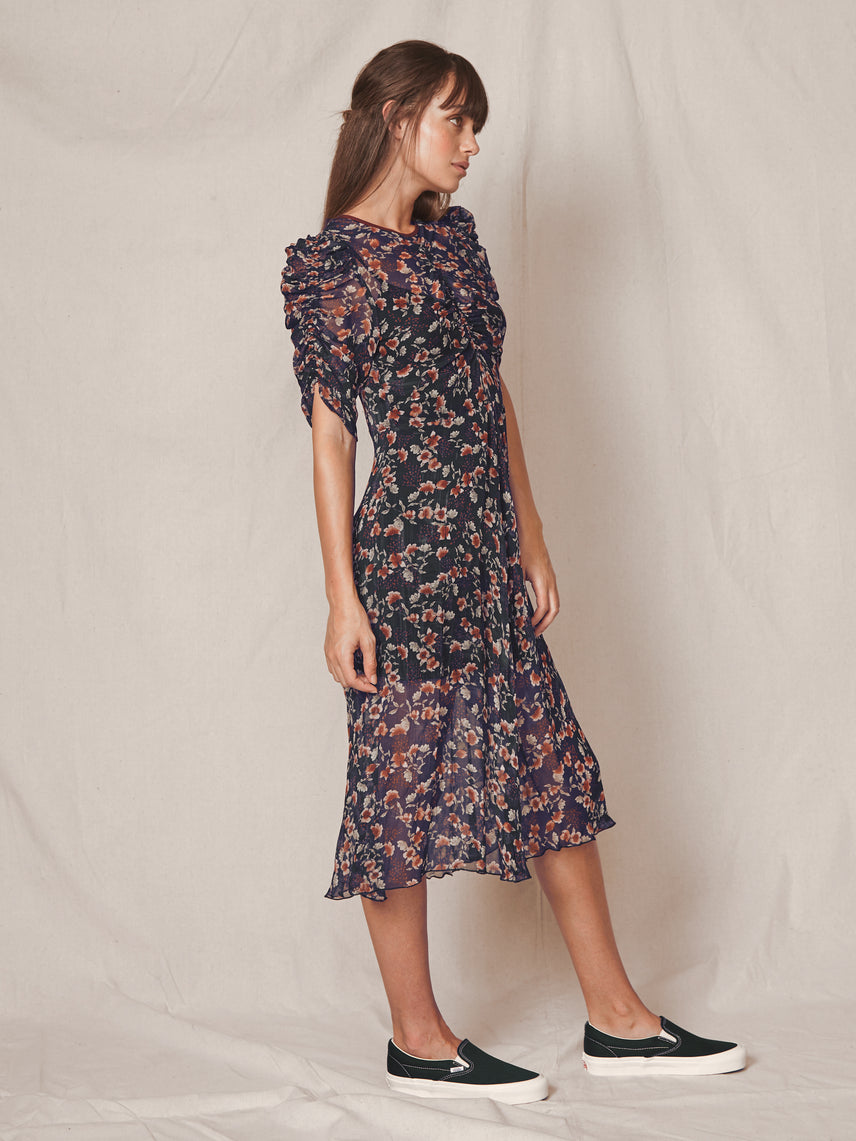 Floral print crinkle chiffon dress with expose o-back