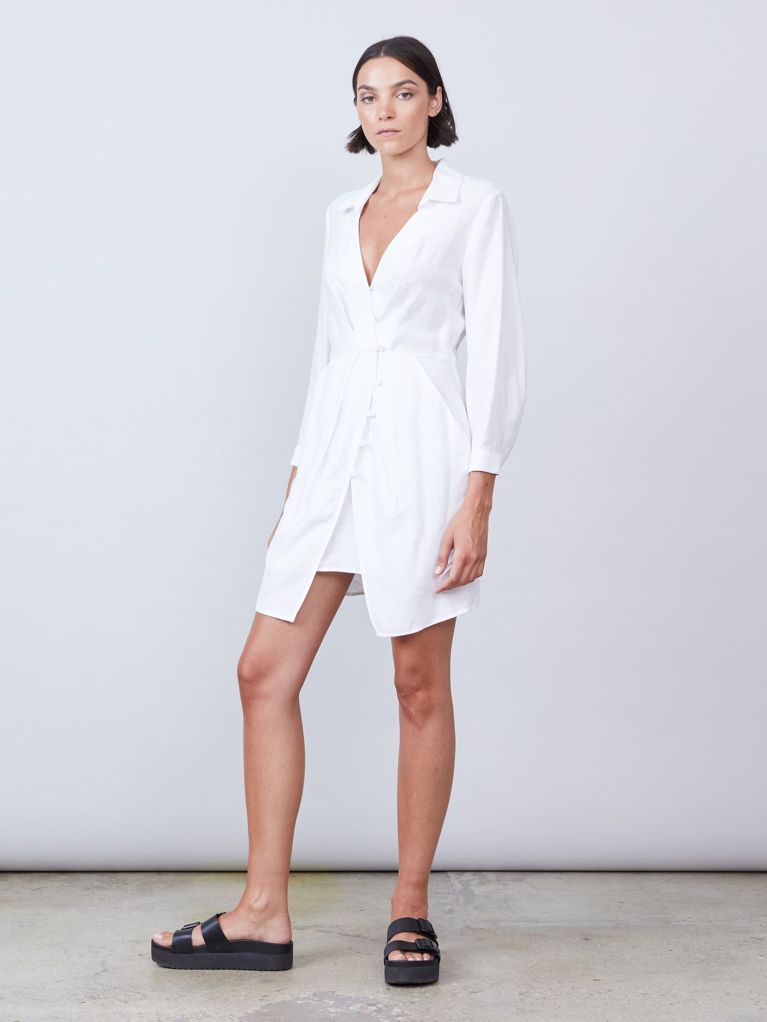 Linen dress with 3/4 sleeves and open collared front with optional slip