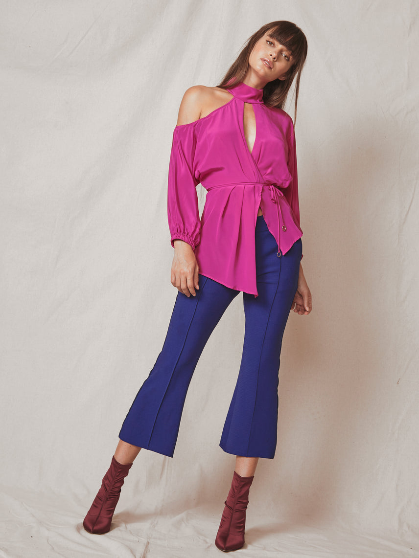 Cropped mid-rise crepe pant with bottom flare and contrast side stripe