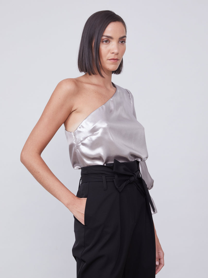 Platinum lamé ruffled puff sleeve blouse with hidden side ziper and asymmetrical hemline Alternate