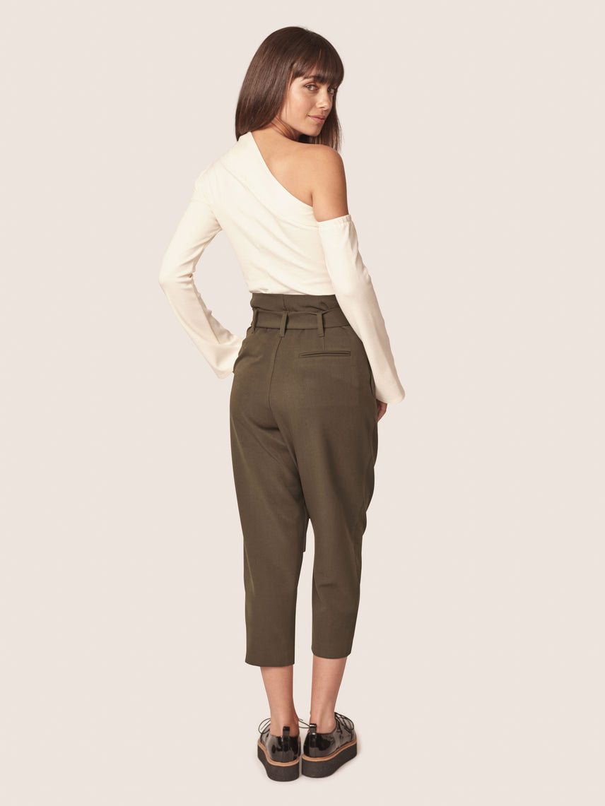Olive green cropped paper bag pant with o-ring belt Alternate