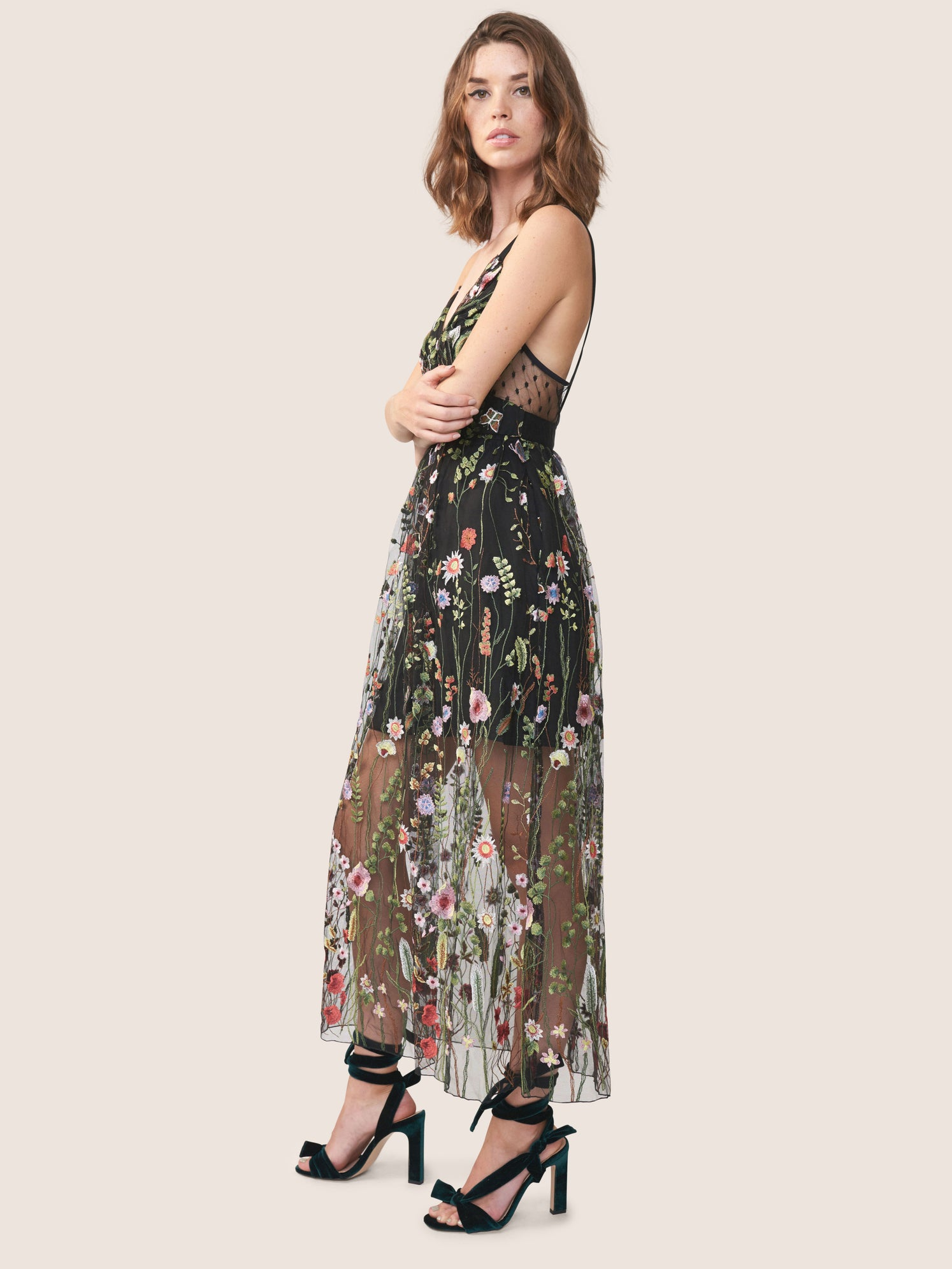 Floral embroidered mesh deep-v dress with side pockets