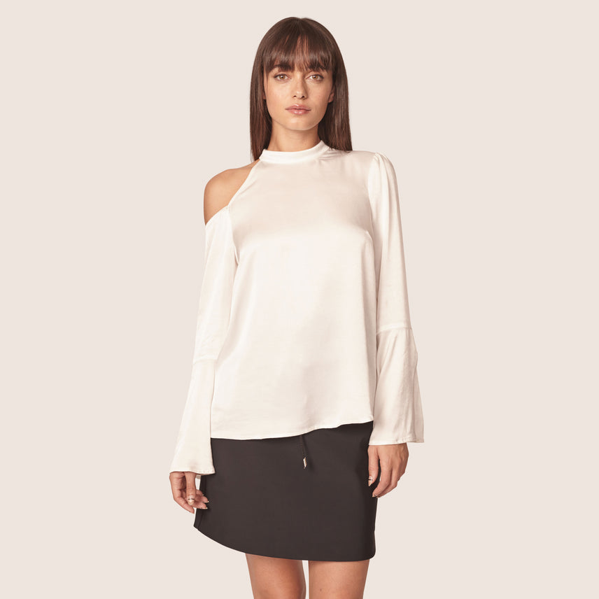 Cut out cold should blouse with split bell sleeves