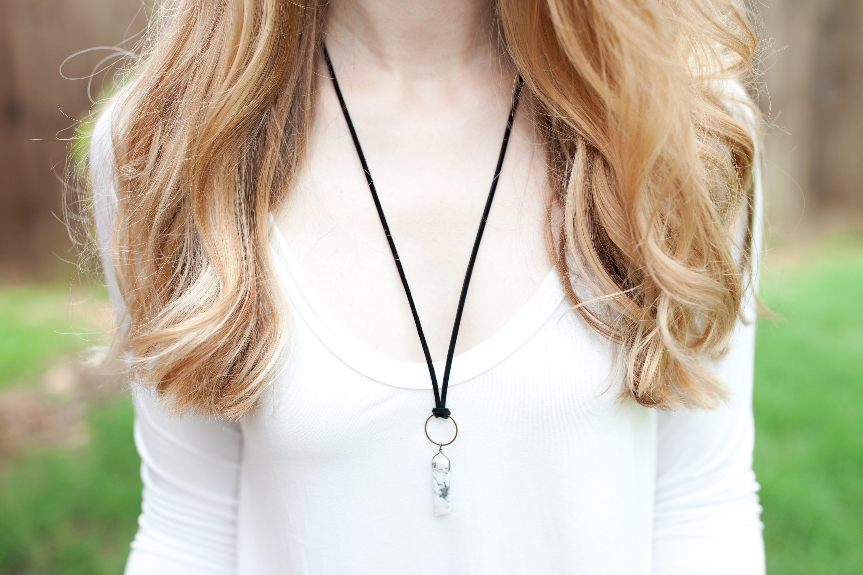 Howlite and Black Suede Knotted Necklace - Newport Edge