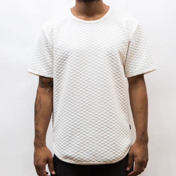 QUILTED SCALLOP TEE- WHITE