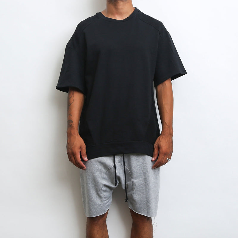 REVERSE FRENCH TERRY TEE- BLACK