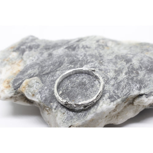 Aranya Silver Ring-JEWELLERY / RINGS-Silver Mature (THA)-52-The Outpost NZ