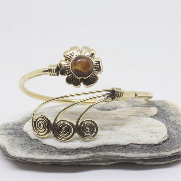 Flower Swirl Brass Bangle-JEWELLERY / BANGLE-Gopal Brass Man (IND)-Tigers Eye-The Outpost NZ