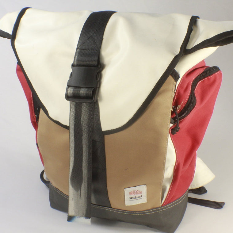 Roamer Red White/Black Backpack BS