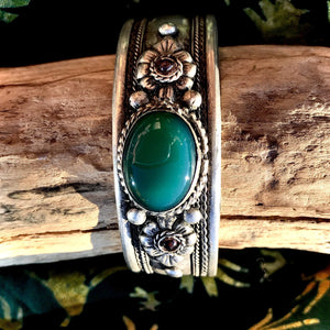 Silver Stone Bangle Large-JEWELLERY / BANGLE-Kathmandu Art And Handicraft (NEP)-Green-The Outpost NZ