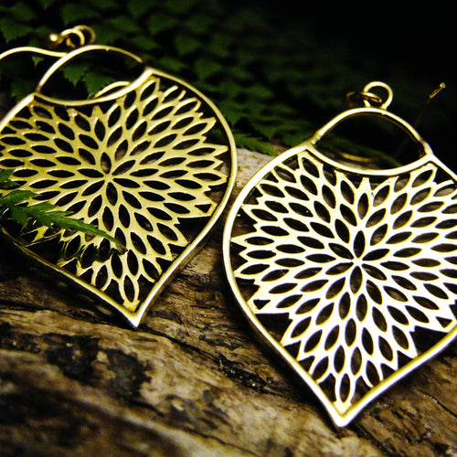 Teardrop Petal Earring-JEWELLERY / EARRINGS-Not specified-The Outpost NZ