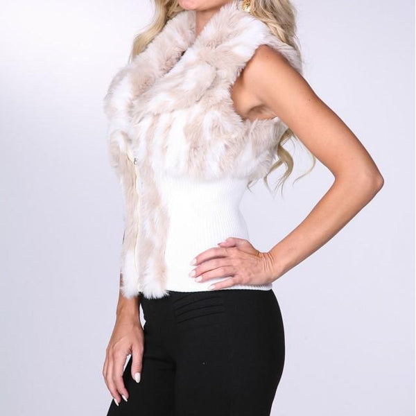 #8596 Cozy Faux Fur Trimmed Sweater Vest