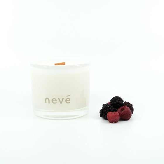 Nevé Candle Black Raspberry | Buy Scented Wooden Wick candles at GOALS