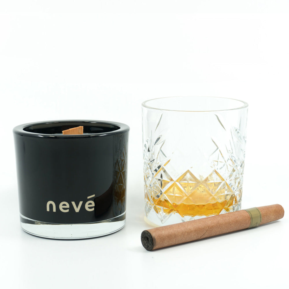Nevé Candle - Whiskey & Wood Smoke