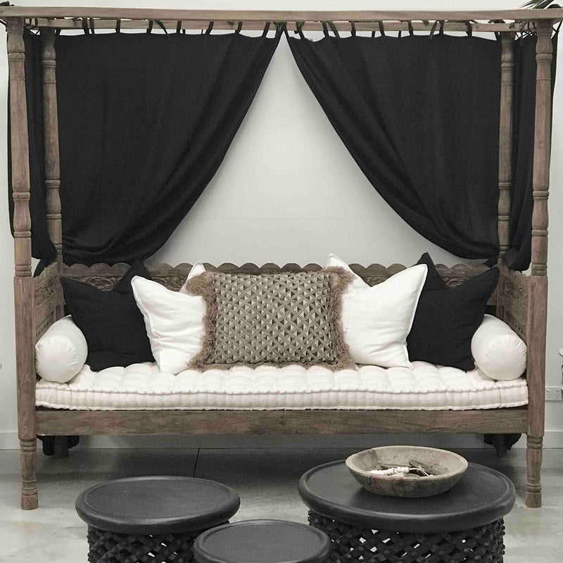 Zuri Day Bed