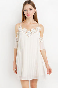 Chicloth Bare shoulder Lace Mini Slip Dress - Chicloth